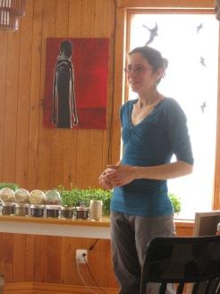 Élise et les graines, germinations et pousses