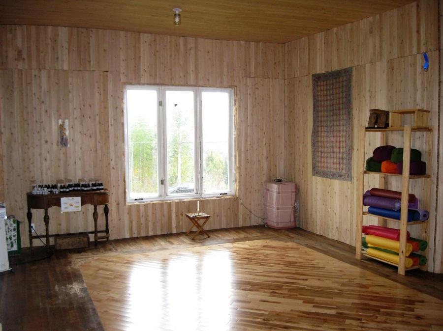 Salle de yoga inspirante